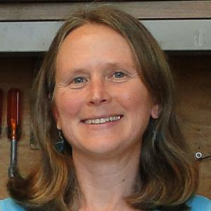 Portrait of Prof. Elizabeth Olson